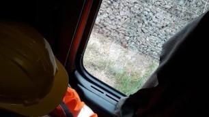 Trucker Loads Warnschutz Bauarbeiter A5 Cumshot Volvo